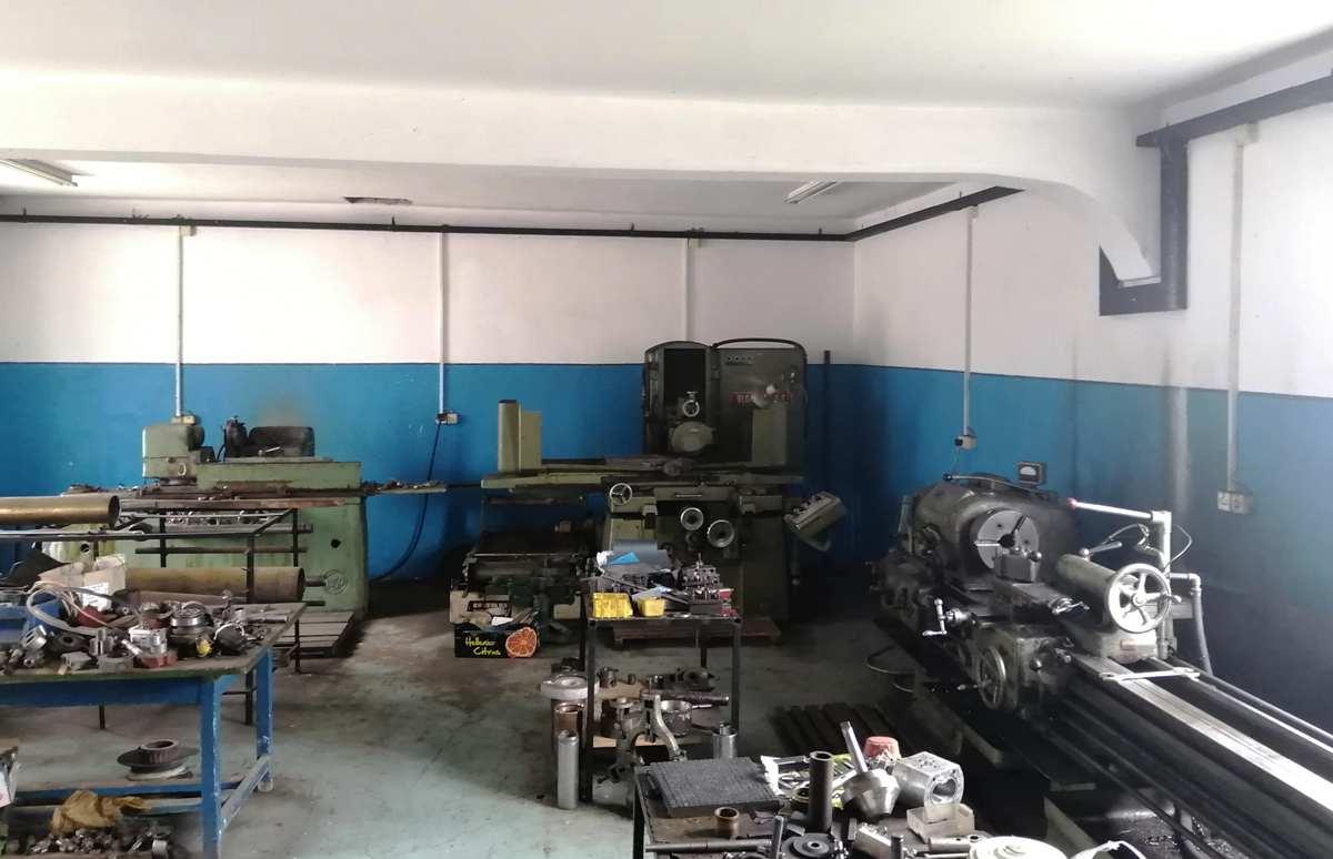 Servisu hidraulike hidraulik21 Hala - radionica